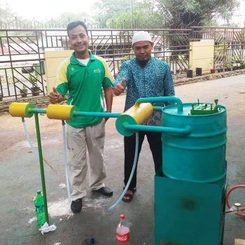 tim-adiwiyata-sdit-al-ittihad-sulap-limbah-plastik-jadi-bbm