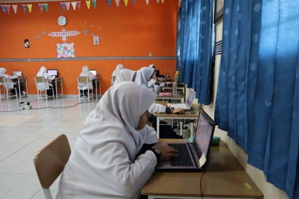 Ujian Semester Telah Tiba, Perdana SMPIT Gunakan Sistem CBT (Computer Based Test)