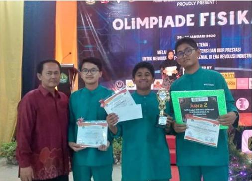 SMPIT Al-Ittihad Juara 2 LKTI Olimpiade Fisika ke-15 Tingkat SMP Sederajat