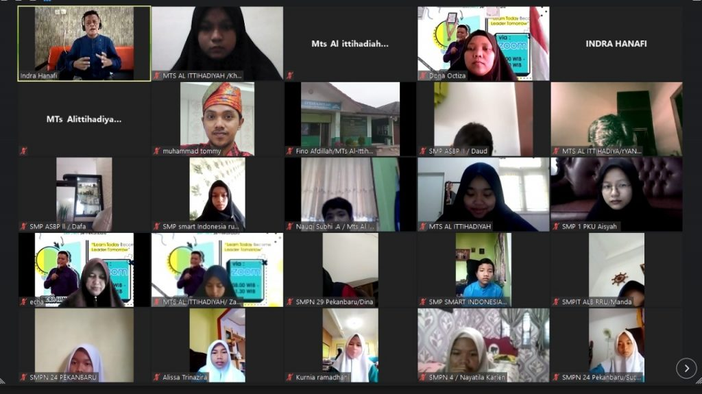Pelatihan Managemen Organisasi dan Upgrading OSIS SMP/MTs se Kota Pekanbaru